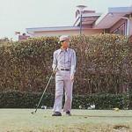 ティーショットを終えられた高松宮殿下