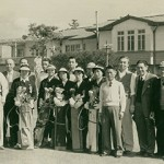 スタート前集合写真(後列中央が殿下) (昭和29年10月)